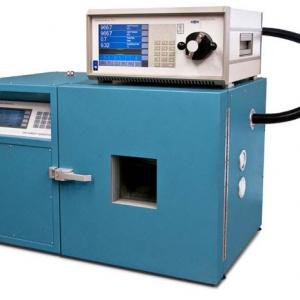 hygromètre à miroir MBW 373 et un générateur THUNDER SCIENTIFIC 2500